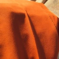 袷の生紬を胴抜き単衣に直す
