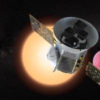 "NASAの系外惑星探査衛星""TESS""が、初めてハビタブルゾーンに位置する地球サイズの惑星を発見!"