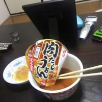 「 1人暮らしのカップ麺 」