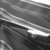 ネクタイ縫製用の裁ちばさみ