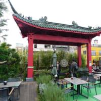 横浜博覧館「大通り」の屋上(最上階)の公共スペースは健在。足湯も楽しめる。