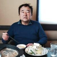 本日のランチはしゃぶ葉平野駅北店へ。前々回もらった10%割引券利用で。990円で60分間しゃぶしゃぶやサラダ・デザートなどが食べ放題。毎回10%引き配布。