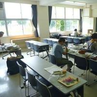 8月四回目の教室 母蝶舞う森