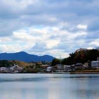 京阪石山寺駅付近からの瀬田川と湖南アルプス