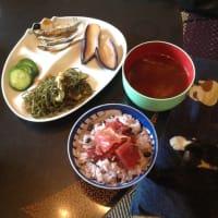 細切り昆布の煮物と漬け丼