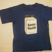 ソニックユースのTシャツ