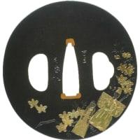 雛飾りに蛤図鐔 吉岡因幡介 Inabanosuke Tsuba