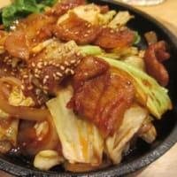 「韓国業務スーパーPS・マート」で晩酌セット1,320円は、ドリンク1杯+選べる1品+ナムル2品