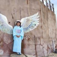 ゆかたと海辺の天使の羽