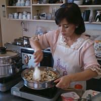 7月4日土曜日は「土曜カフェ」、5日日曜日は「ロイヤルクィーンの料理教室」です。