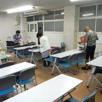 8月最後の教室 小雨降る森