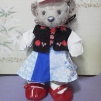 メイちゃんの オランダ民族衣装風の ベストができました