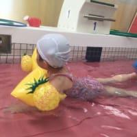 2歳児初めてのスイミングスクール