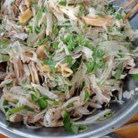 その3 KaniさんHomestayファミリーと鶏のおかゆで昼食