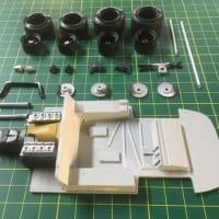 DDPモデルのマックイーンカメラカーやディーノ166P、206Sを輸入します。