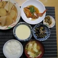 吉次の煮付けと温かおでん、炊屋食堂の田舎定食・・・和、令でないよ、昭和、