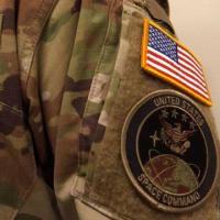 """【CNN】    1月19日14:36分、""""""""米宇宙軍が軍服を発表、迷彩柄に皮肉や異論も"""""""""""