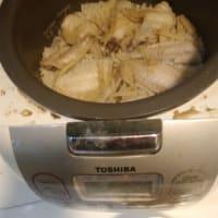 [気温28℃][晴れ] おうちでCom Ga鶏ご飯