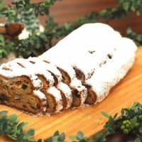 シュトーレンが焼き上がりました(*^-^*)横浜の美味しいパン かもめパンです☆彡
