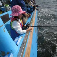 孫の初海釣り