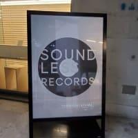「ペーパーメイドの音のないレコード盤」個展
