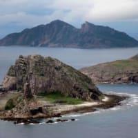 中国公船が尖閣領海侵入 日本漁船に接近の動き 武器使用認める海警法後初・・平和ボケの日本だから