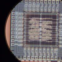 NSLとAllianceVHDLでチップ試作