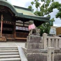 神社にお参りに行きました。