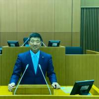 会派代表質問で登壇。五十嵐市長2期目の出馬表明。