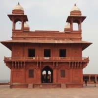 不思議の国インド 4