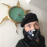 Rockテイストなマスク