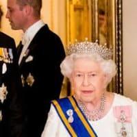 英王室 ロイヤルファミリーの縮小化? メーガン妃は感謝祭の料理を作っているだろう