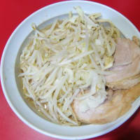 ラーメン 麺半分 そのまま 野菜少なめ@ラーメン二郎 札幌店