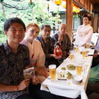 京の夏の風物、「上七軒ビアガーデン」。舞妓さんたちと過ごす素敵な夜