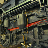 蒸気で走る機関車