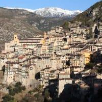 イタリアフランスの山岳都市