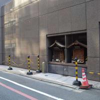 まち歩き中1580 京の通り・堺町通 NO57 ビル壁面に地蔵尊