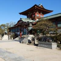 日本で最初の天神様がある街を歩く