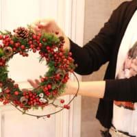 シェモアでクリスマスリースのワークショップ