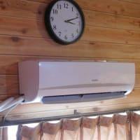 安曇川の家にクーラーを設置。 (来年の熱中症対策。)