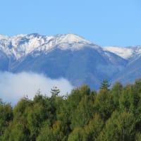 八ヶ岳に雪