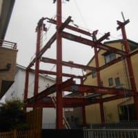 静岡市駿河区 重量鉄骨3階建2世帯住宅 鉄骨工事中