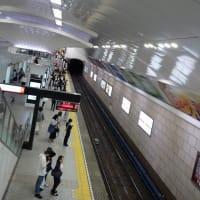 梅田駅のアーチ天井