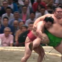 川柳しま専科 19/7/14~大相撲小よく大を制す知恵~