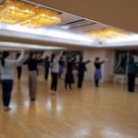 ただいま競技クラス団体レッスン中!『福岡市社交ダンス教室のダンススクールライジングスター』