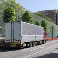大型トラックが長時間待機中
