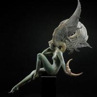 汝を抜けて羽根透きとほりあるがまま私とならばいかに月光