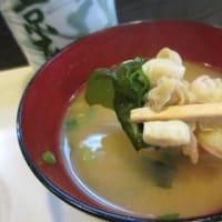 「京寿司」、青葉区柏木で、まぐろづけ丼ランチと三色巻