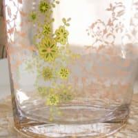 オリジナルなガラスの花器でフラワーレッスン♪