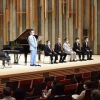 箕面市立文化芸能劇場オープニングイベント初日に箕面左手のピアニスト大使である智内威雄さんのリサイタルが開催されました